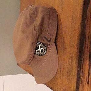 Woman's hat